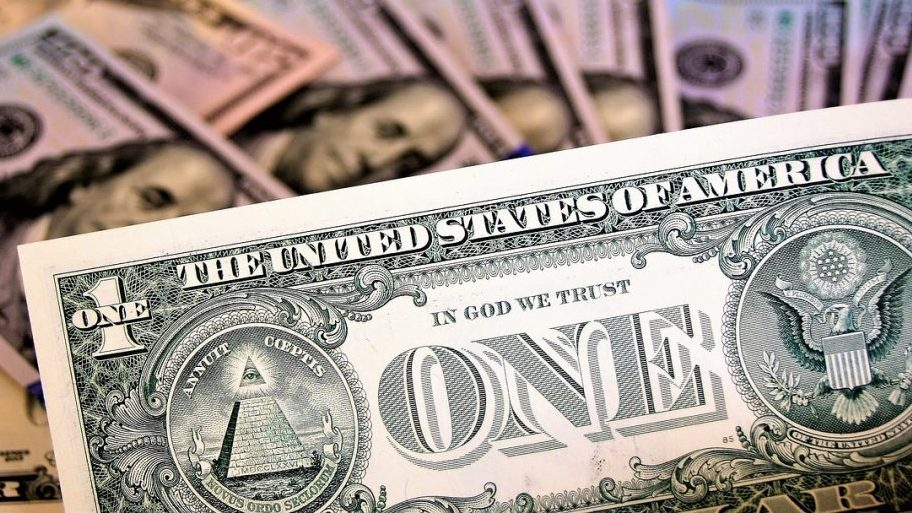 Un dollaro per comprare bitcoin