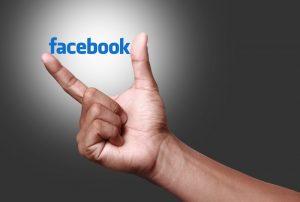 Coinbase nel mirino di Facebook