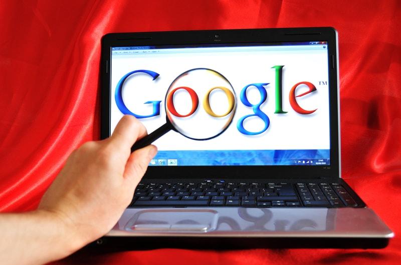 Google banna le crypto, e arrivano le critiche