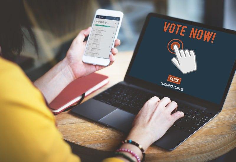 Come truccare le elezioni con la blockchain