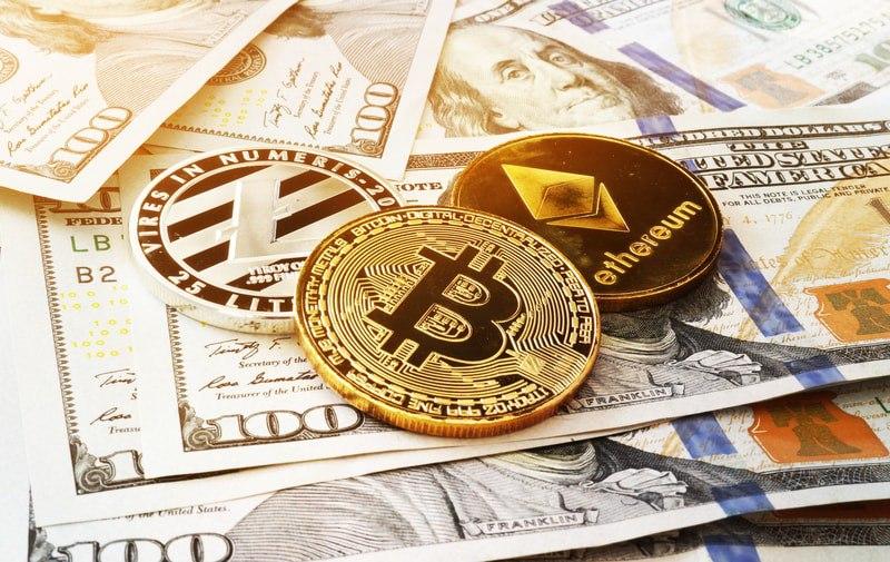 Poche luci e tante ombre sulle crypto. Tiene Bitcoin