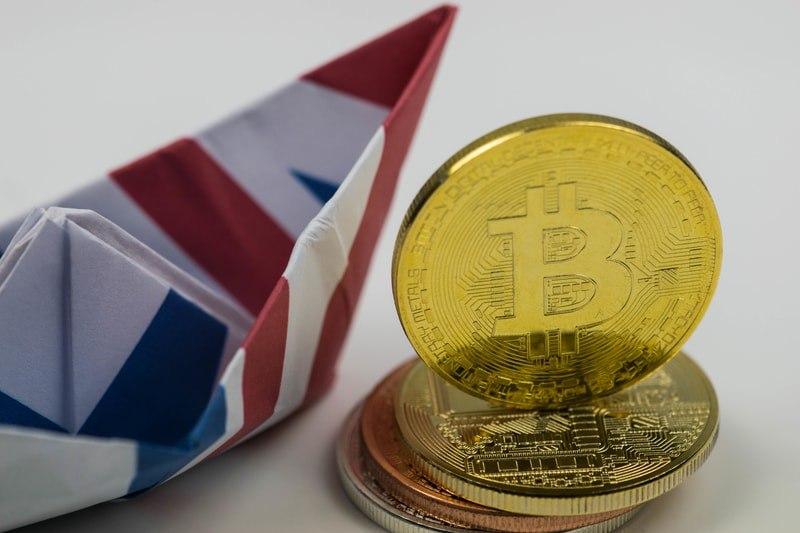 UK, con la blockchain risparmi per 8 mld di sterline