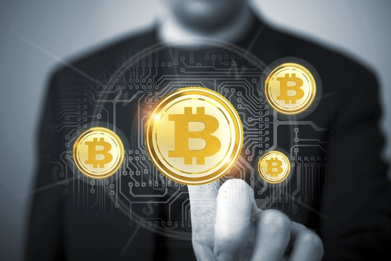 Splende Stellar. Bitcoin punta i piedi sui massimi