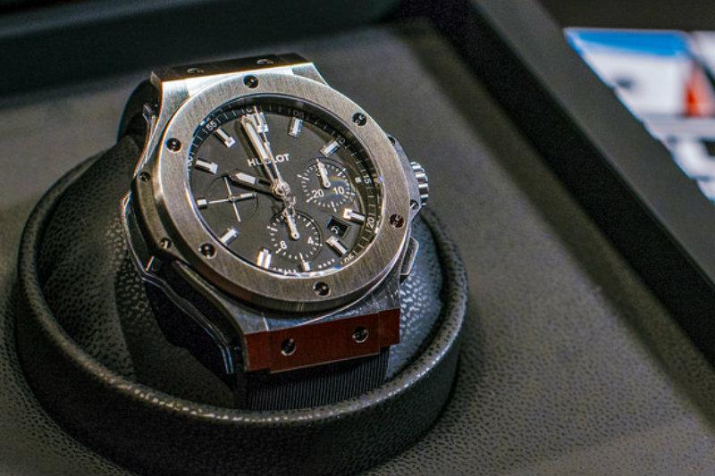 Bitcoin, Hublot mette in vendita un nuovo orologio per celebrare i 10 anni della crypto