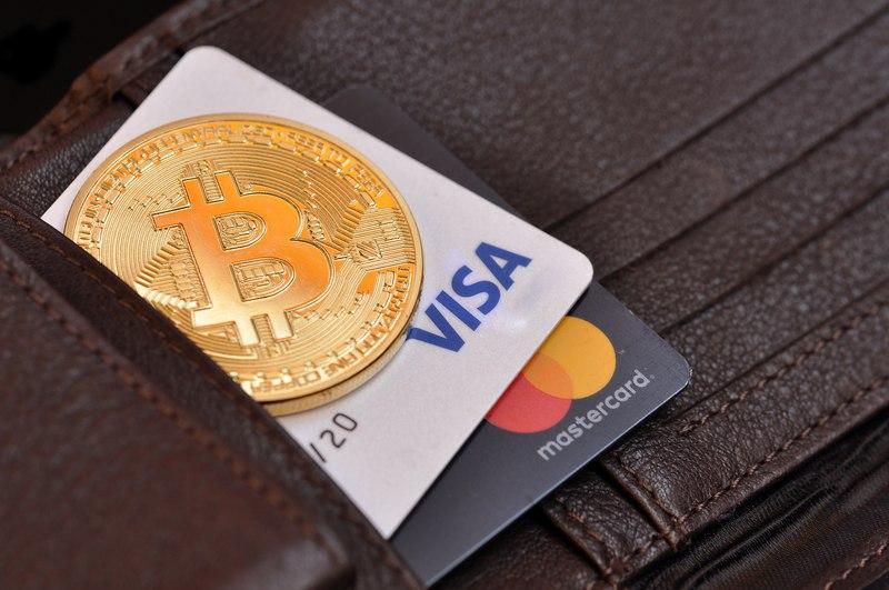 Crypto.com lancia la carta Visa