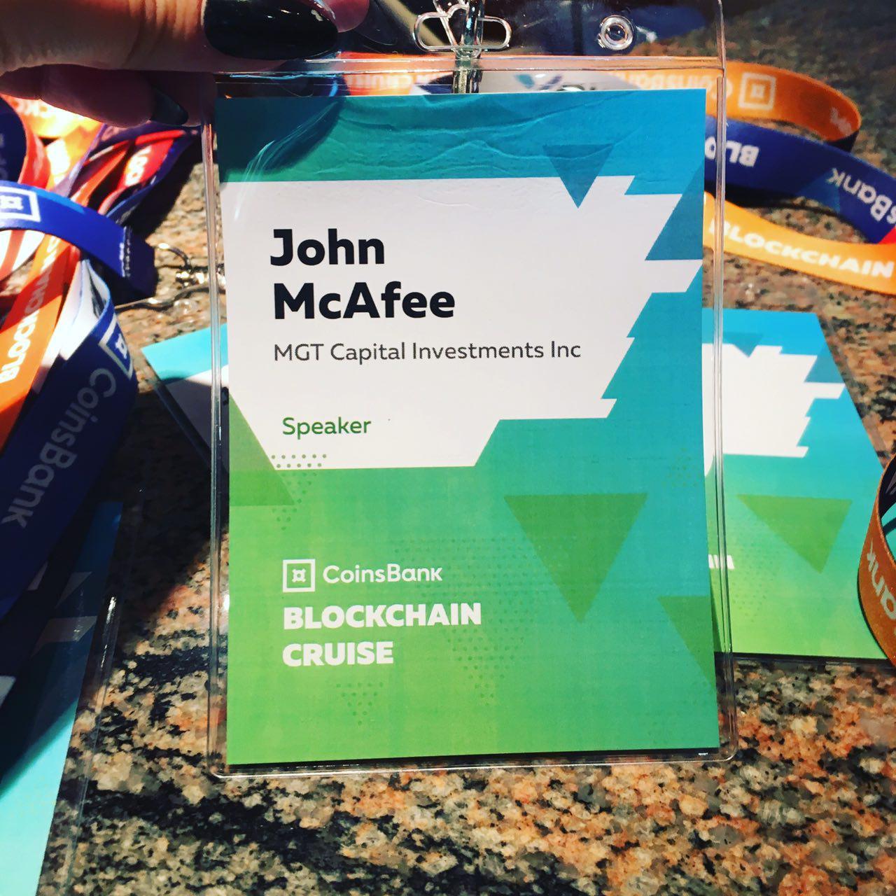Blockchain Cruise molla gli ormeggi. E McAfee va al pianoforte
