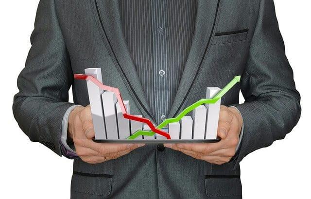 La regolamentazione causa pump e dump nei prezzi delle criptovalute