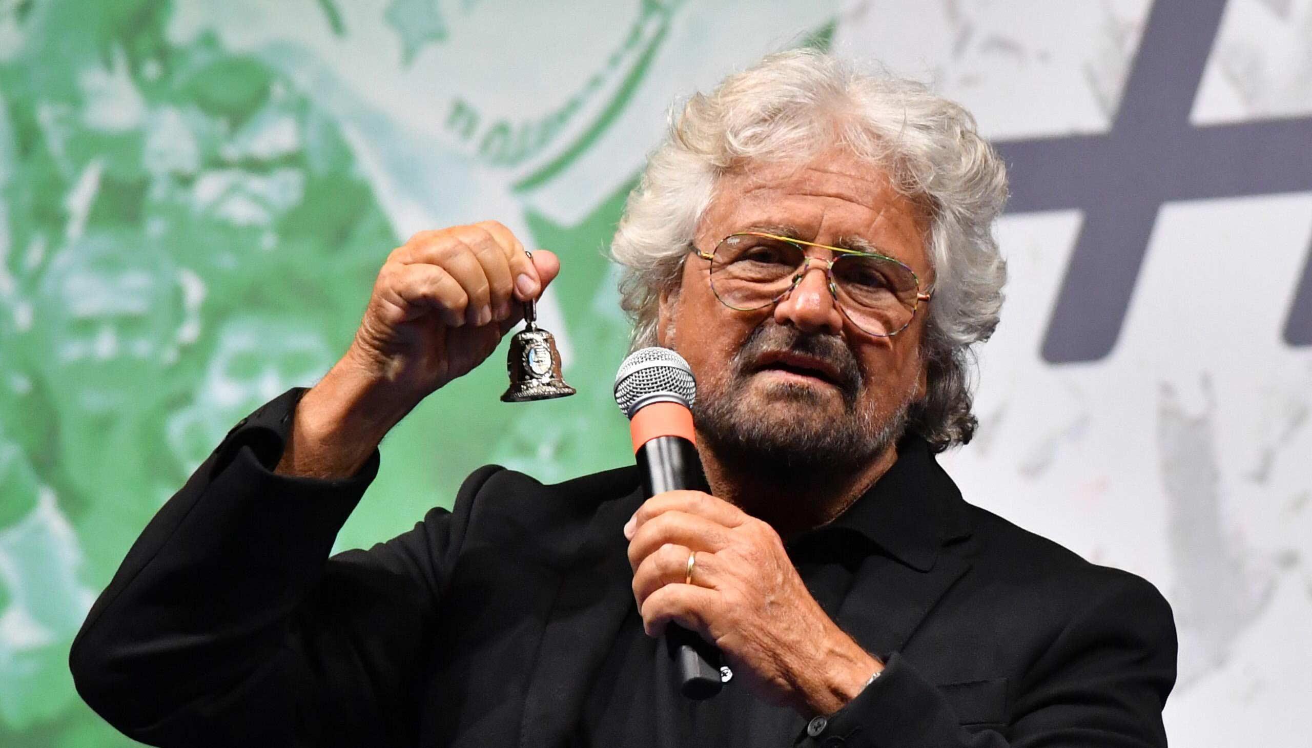 Beppe Grillo lancia la blockchain nella ricerca scientifica