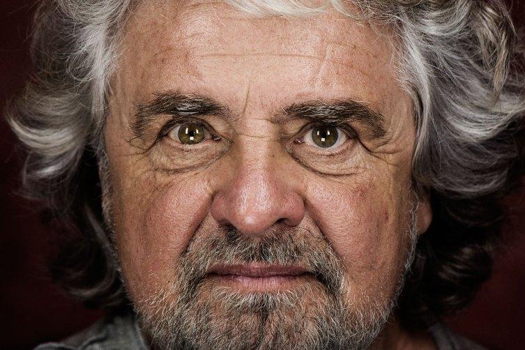 """Beppe Grillo, """"le criptovalute non possono essere fermate"""""""