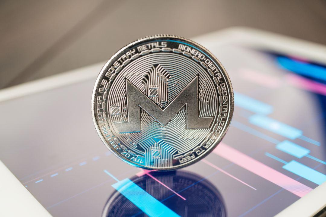 Un malware di crypto mining intelligente rimuove antivirus e mina Monero