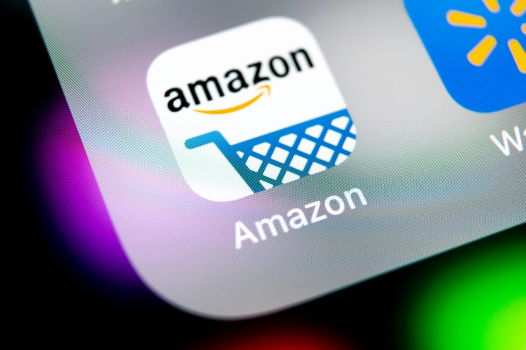 Amazon: un sondaggio tra i clienti rivela che vorrebbero comprare criptovalute