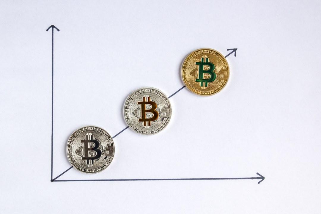 Report Satis: una previsione sul prezzo di bitcoin. 144mila dollari fra 10 anni?