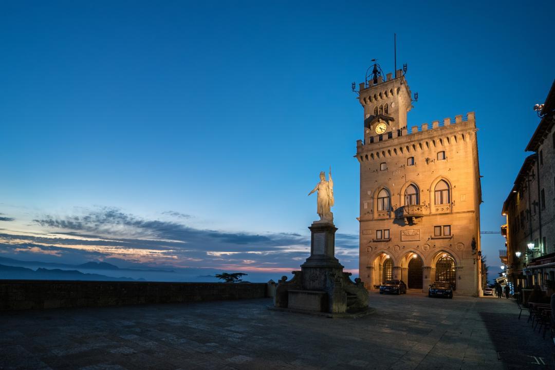 """San Marino: la blockchain dei """"Capitani Reggenti"""" e le differenze col decreto italiano"""