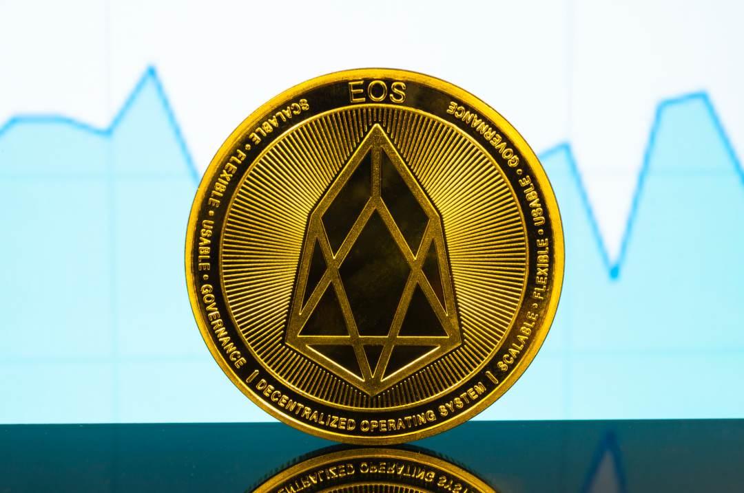 Analisi prezzo EOS: la crypto sale del 12%