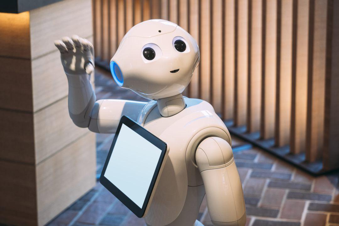 Industria robotica e blockchain: la grande marcia