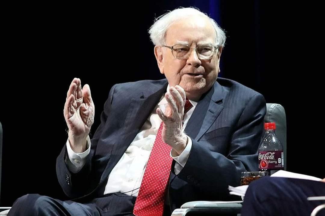 """Warren Buffett: """"Bitcoin ha il valore di un bottone"""""""