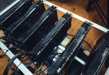 mining bitcoin (BTC) con ASIC