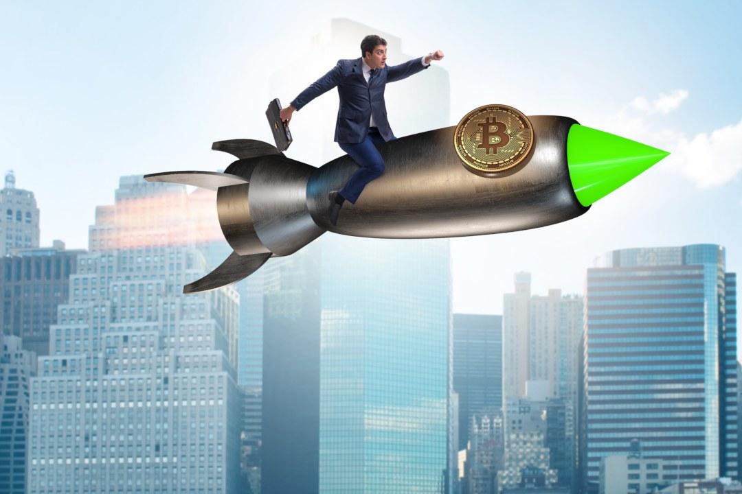 Bitcoin (BTC): il valore in aumento del 10%