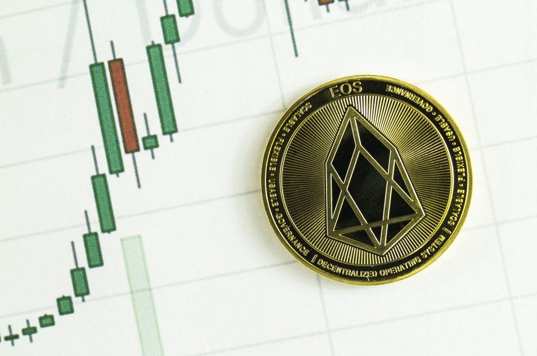 EOS, il prezzo della crypto in calo: -10%