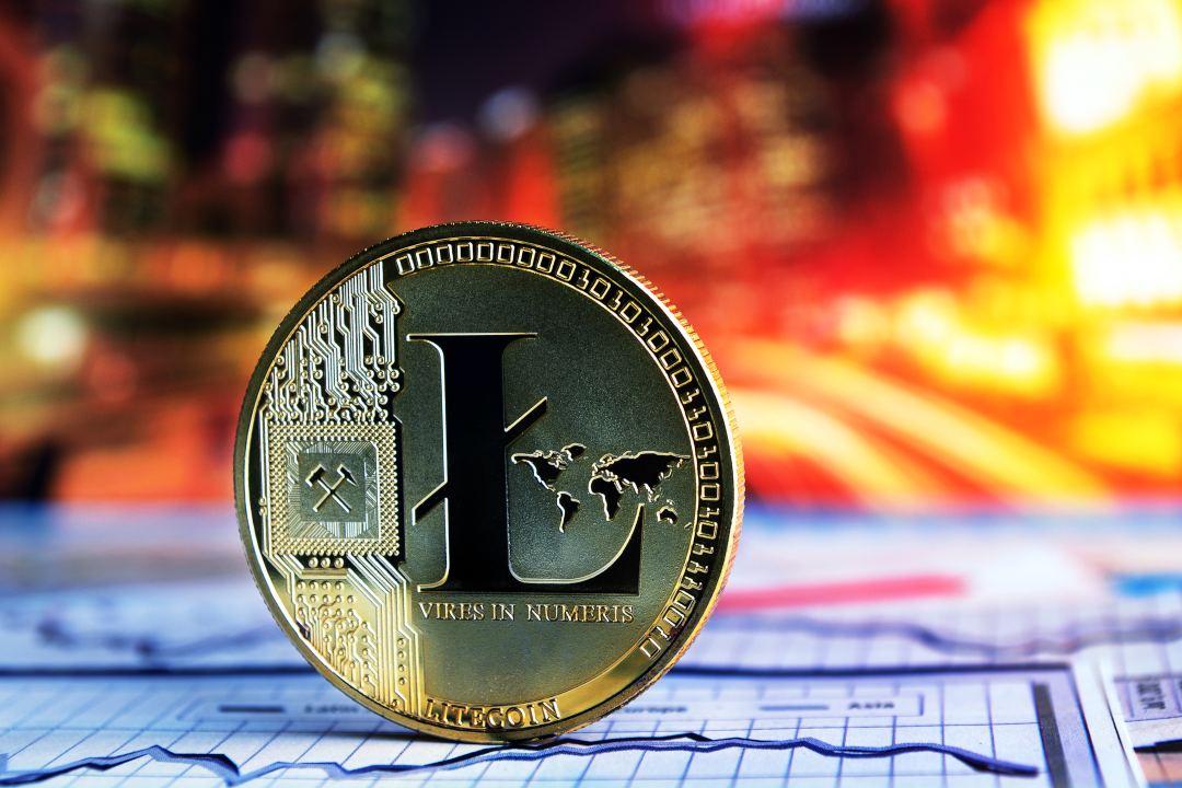 Litecoin, prezzo record: LTC vola a 128 dollari