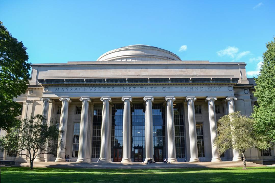 Alex Lipton, MIT: Facebook ha plagiato Libra