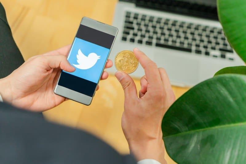 Su Twitter si cerca un simbolo per il Satoshi
