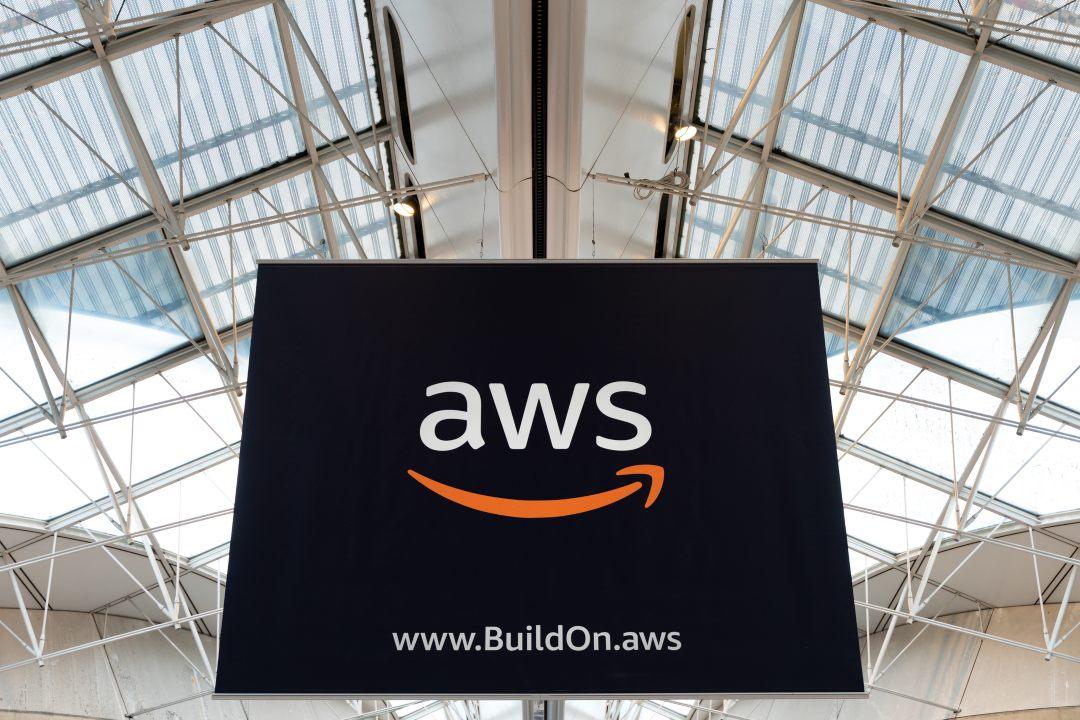 amazon menaged blockchain