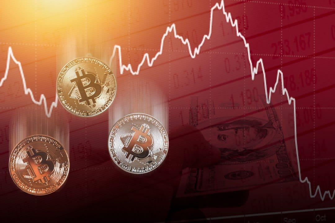 Finisce l'indecisione: crolla oggi il prezzo di bitcoin