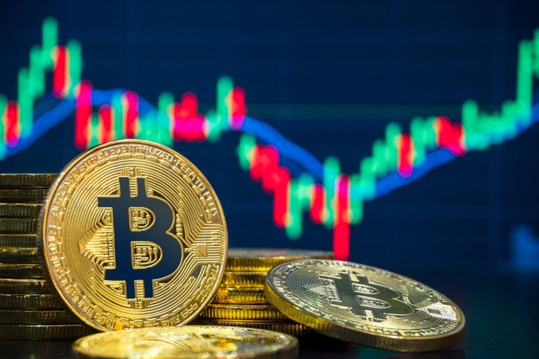 Bitcoin: il prezzo di oggi tiene i 10mila dollari