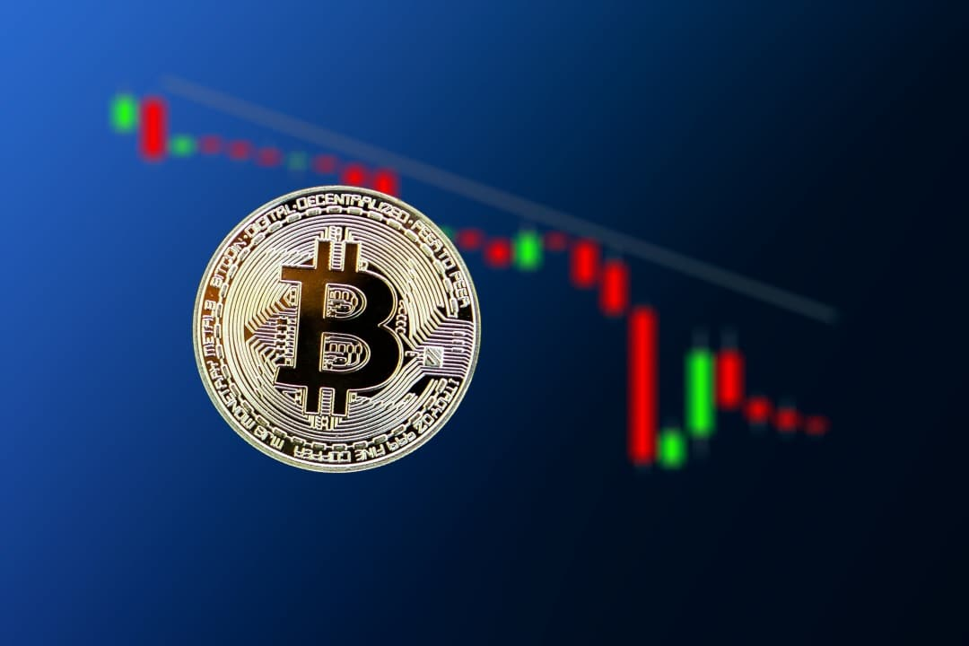 Bitcoin torna sotto i 10000 dollari