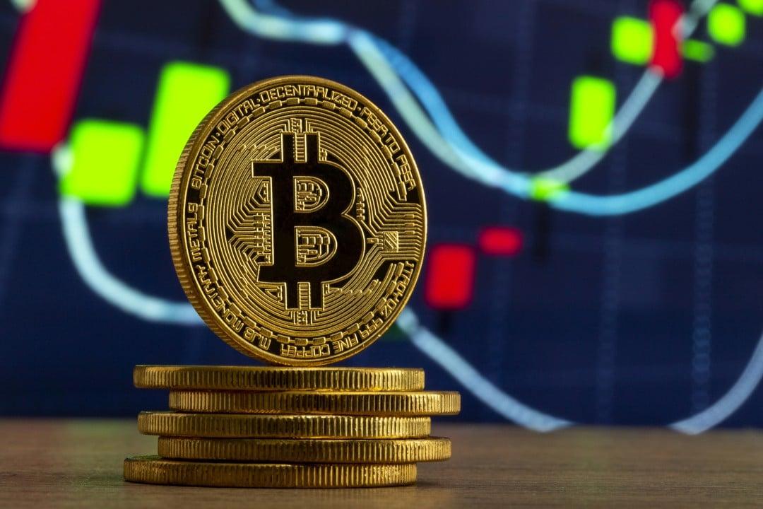 Prezzi crypto: bitcoin sale, ma non le altcoin