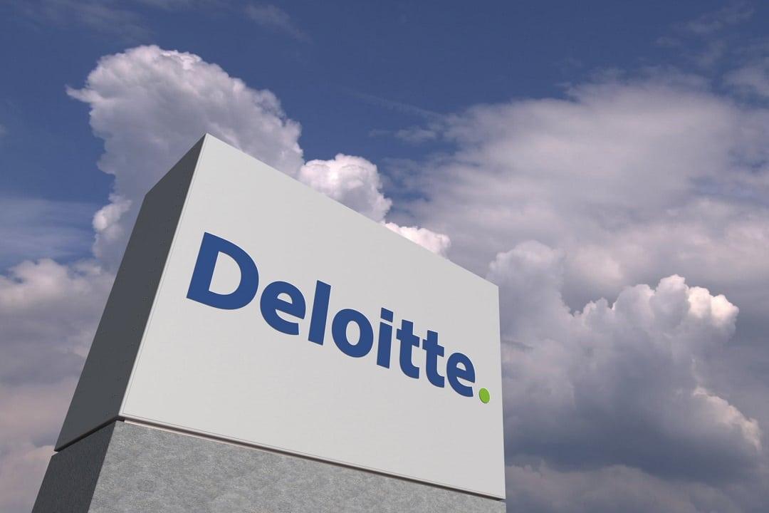 Deloitte: i dipendenti pagano il pranzo in bitcoin