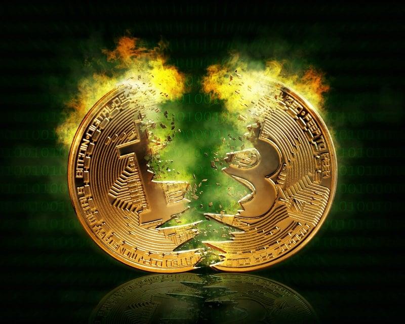 Bitcoin in pullback: fallisce la rottura dei 11'000 $