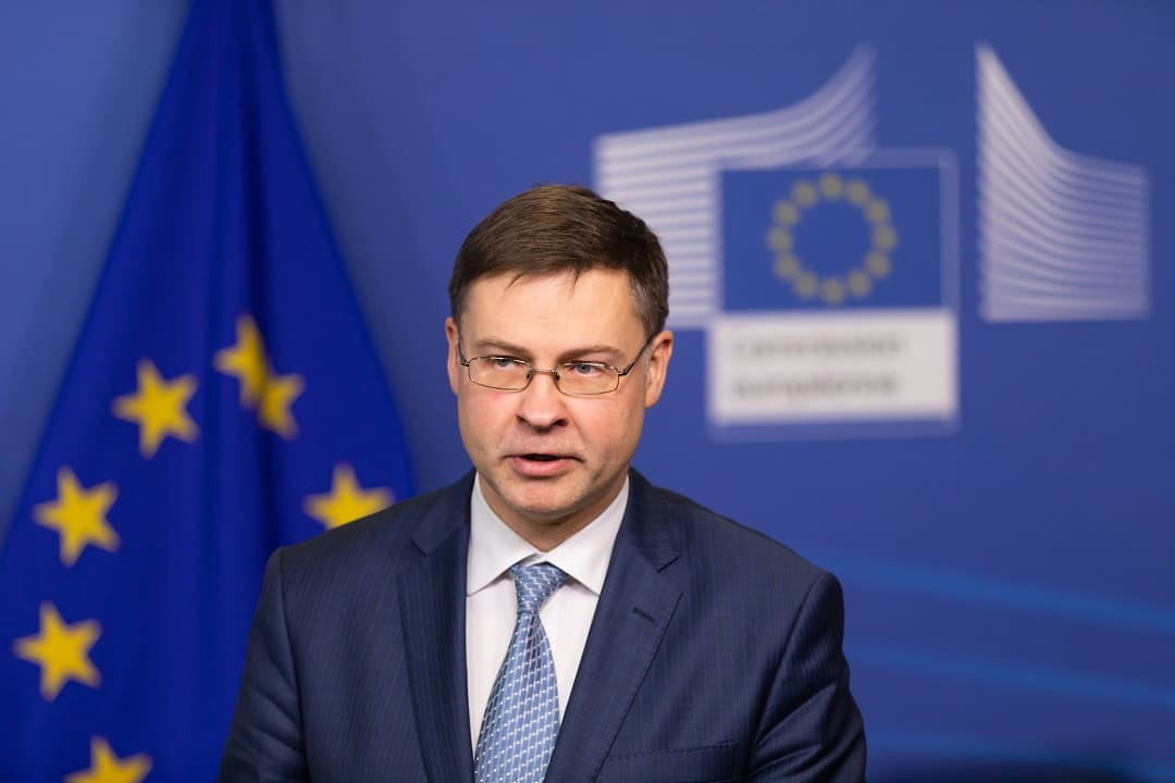 Dombrovskis-regolamentazioe-valute-digitali