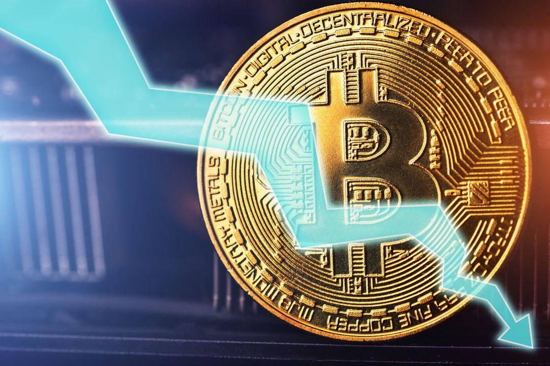 Bitcoin, allungo e ritracciamento