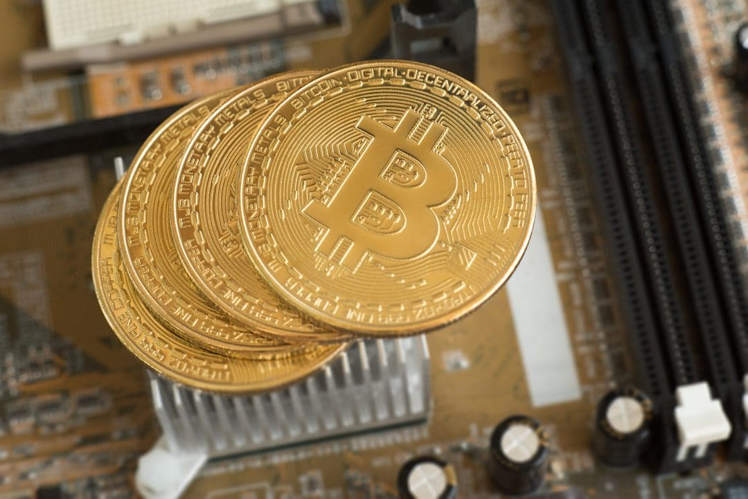 18 milioni di Bitcoin totali minati. Ne restano solo 3 milioni