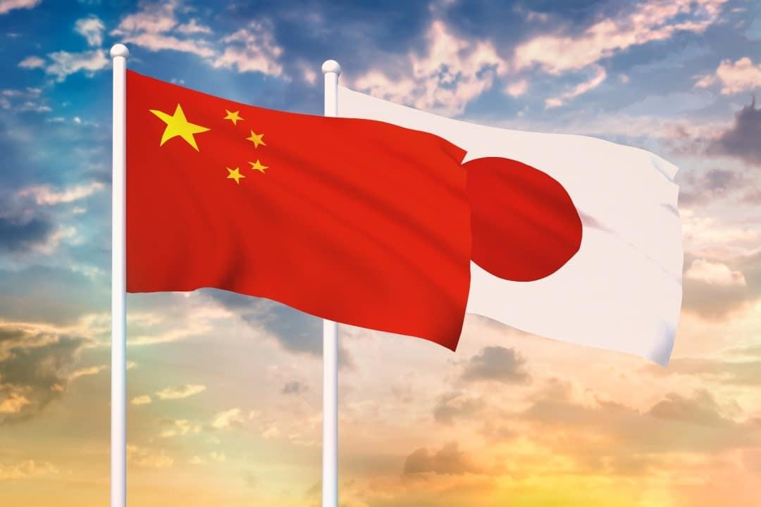 Cina vs Giappone: due modi diversi per diventare Paesi cashless