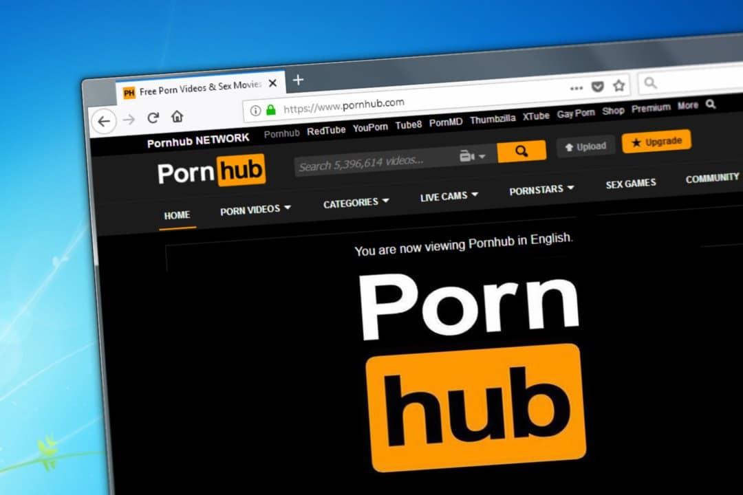 CZ invita Pornhub a adottare i pagamenti crypto dopo il blocco di PayPal