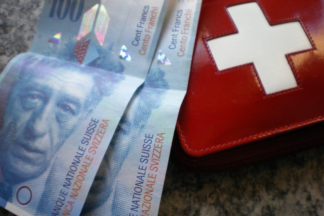 La Svizzera contro la valuta digitale di Stato: troppi rischi