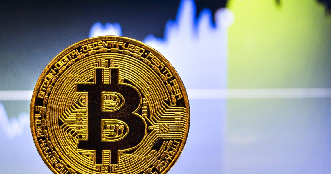 Quotazioni Bitcoin: la settimana inizia tentennando