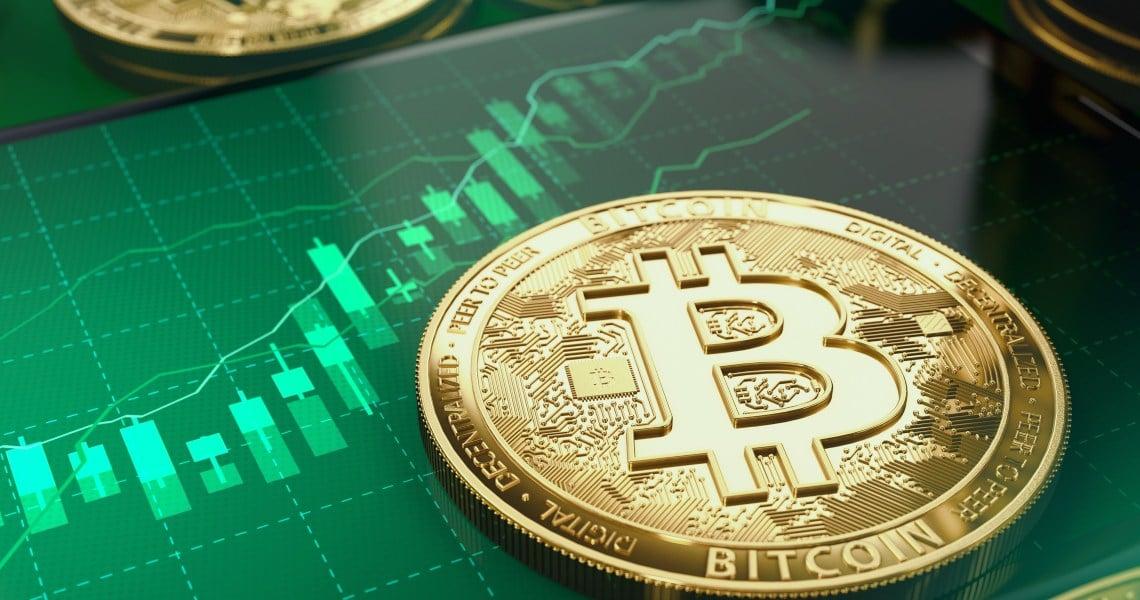 Bitcoin registra nuovi guadagni e tocca i 9.100 dollari
