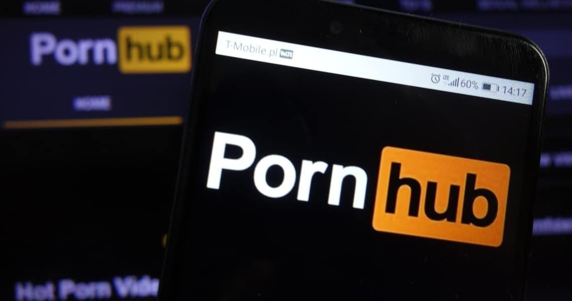 Pornhub vs bitcoin: la crypto non batte ancora il porno