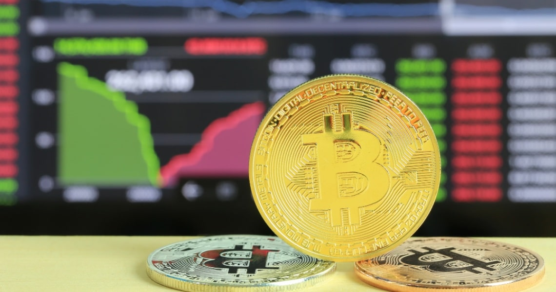 La stretta correlazione tra Bitcoin e prezzo dell'oro