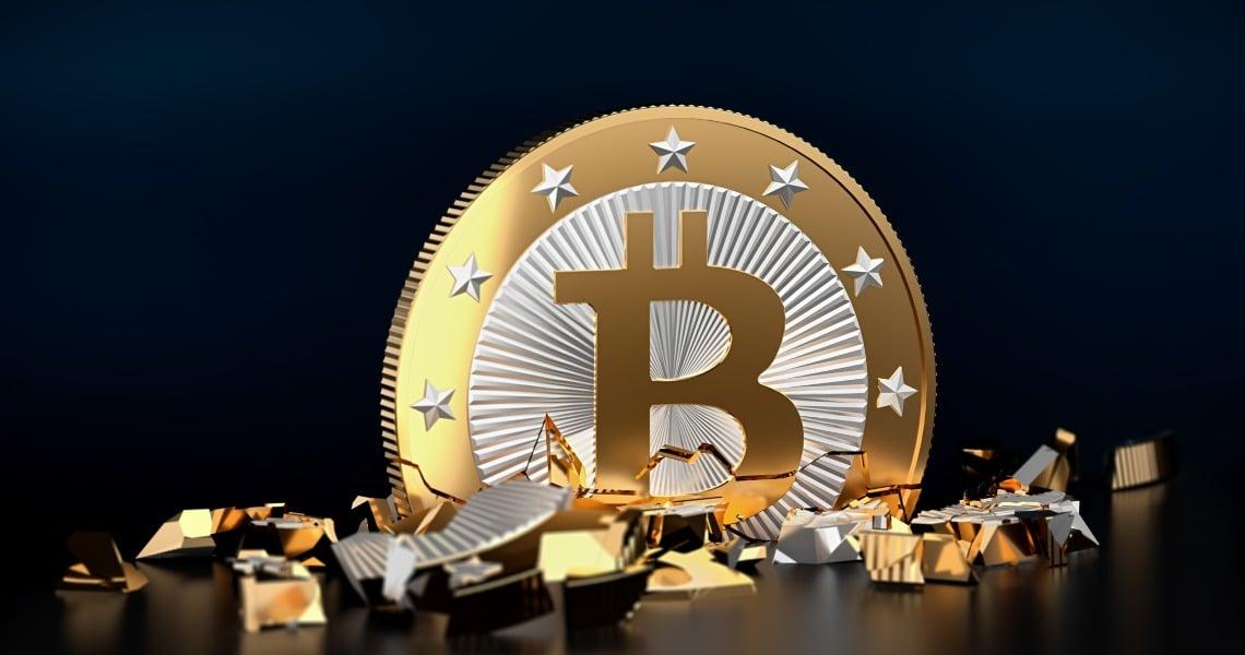 """McAfee su Twitter: """"Bitcoin è la vera shitcoin"""""""