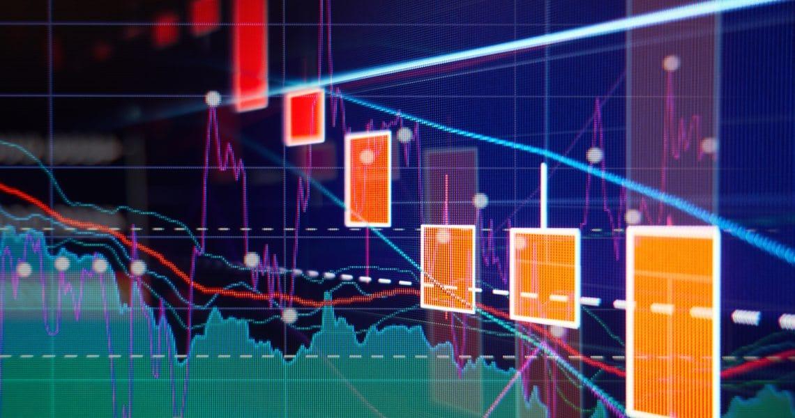 Crollo dei mercati azionari: le crypto avanzano