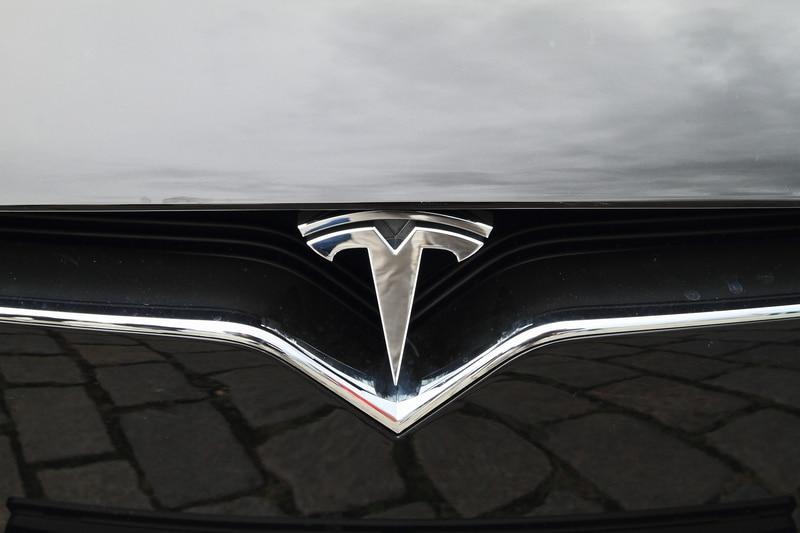 La bolla di Tesla supera quella di Bitcoin