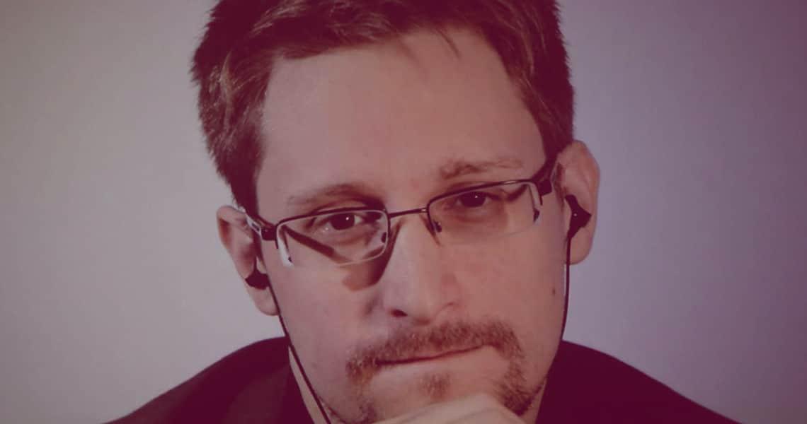 """Edward Snowden: """"grazie a COVID-19 è ora di comprare Bitcoin"""""""
