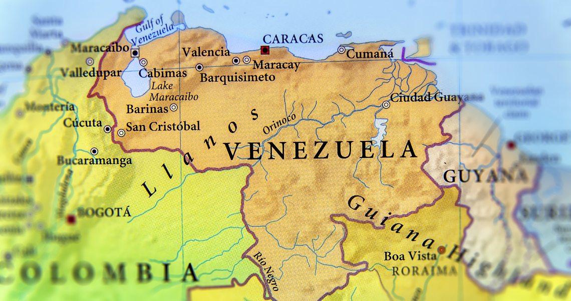 Covid-19, Maduro chiude le banche del Venezuela