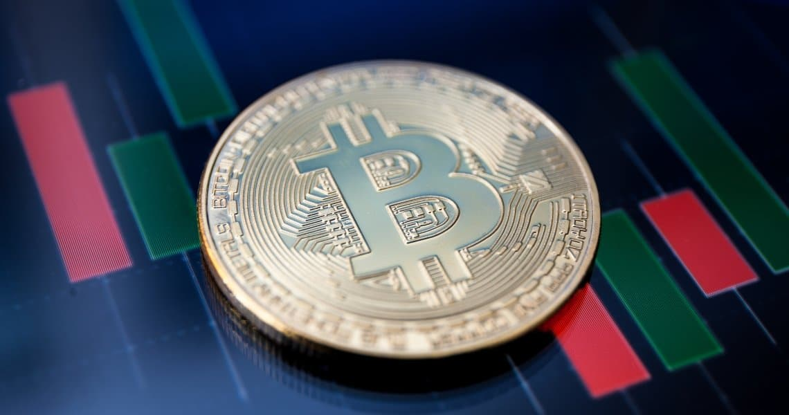 Bitcoin: il prezzo sale a quota 7.750 dollari