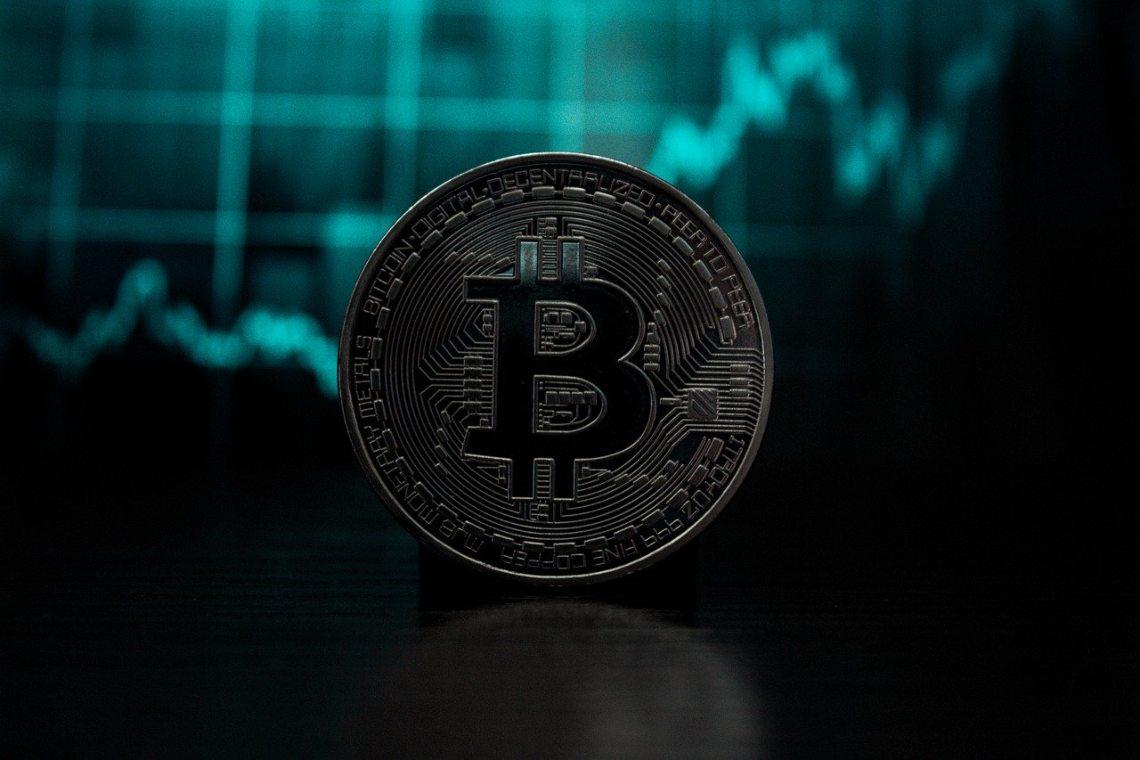 Bitcoin di nuovo vicino a 10000 dollari